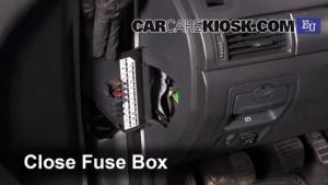 Interior Fuse Box Location: 20022009 Renault Vel Satis  2002 Renault Vel Satis 20T 20L 4 Cyl