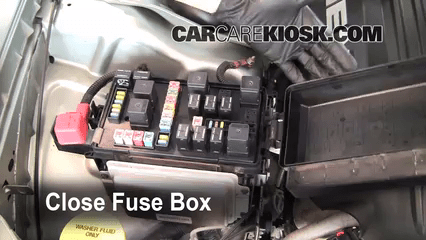 2006 Dodge Charger Rear Fuse Box Diagram Replace A Fuse 2005 2010 Chrysler 300 2005 Chrysler 300