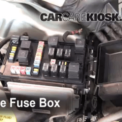05 Chrysler 300 Fuse Box Diagram 98 Dodge Neon Radio Wiring Replace A Fuse: 2005-2010 - 2005 C 5.7l V8