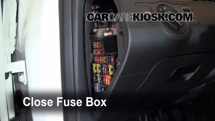 2005 vw golf fuse box diagram honda z50 wiring interior location: 2006-2010 volkswagen passat - 2010 komfort 2.0l 4 ...