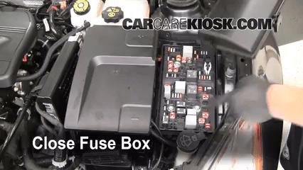2011 Buick Enclave Fuse Box Replace A Fuse 2011 2016 Buick Regal 2011 Buick Regal