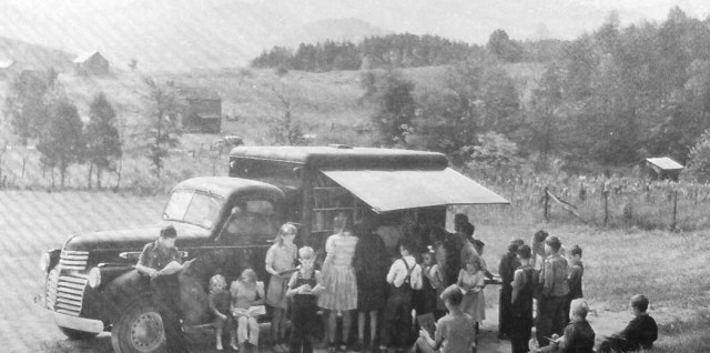 "A ""book mobile"" serving children in Blount County, Tennessee, United States, in 1943"