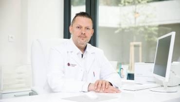 Poradňa plastickej chirurgie /Abdominoplastika – rekonvalescencia