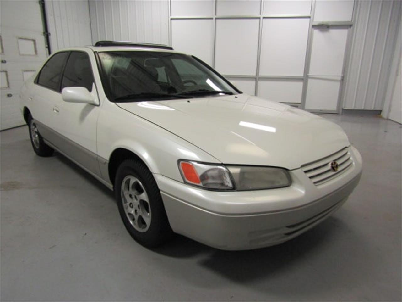 hight resolution of large picture of 99 camry molu