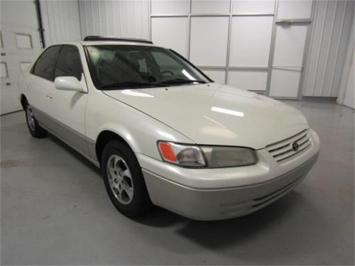 small resolution of large picture of 99 camry molu