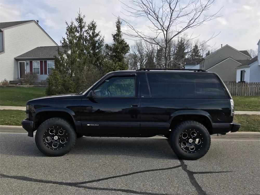 medium resolution of large picture of 95 chevrolet tahoe located in ohio 8 990 00 offered by a private
