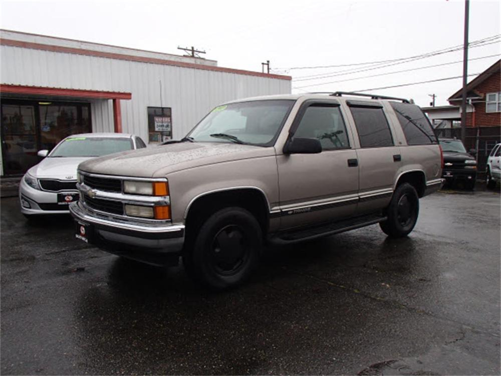 medium resolution of large picture of 1999 chevrolet tahoe offered by sabeti motors n7ie