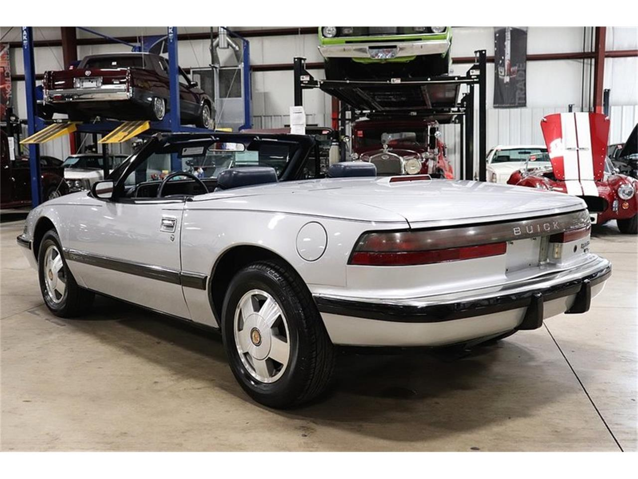 hight resolution of large picture of 90 buick reatta located in michigan 9 900 00 offered by gr auto