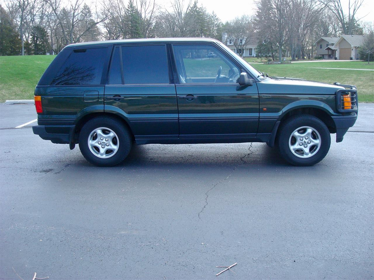 hight resolution of large picture of 1999 range rover located in naperville illinois offered by naperville auto haus