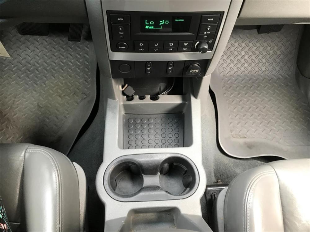 medium resolution of large picture of 05 dodge durango located in greeley colorado ovzy