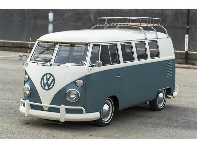 classic volkswagen bus for
