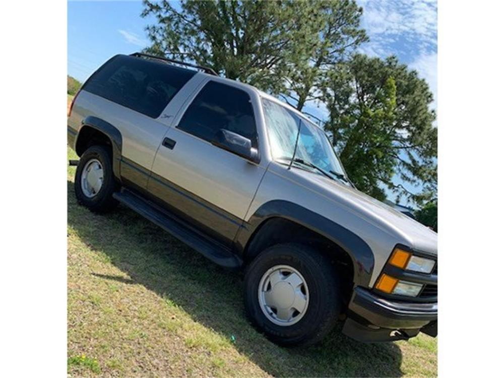 medium resolution of large picture of 99 tahoe q8w6