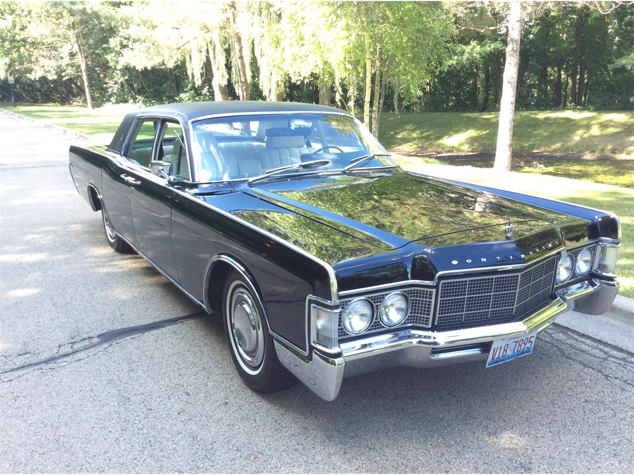 1969 Lincoln Continental Town Car