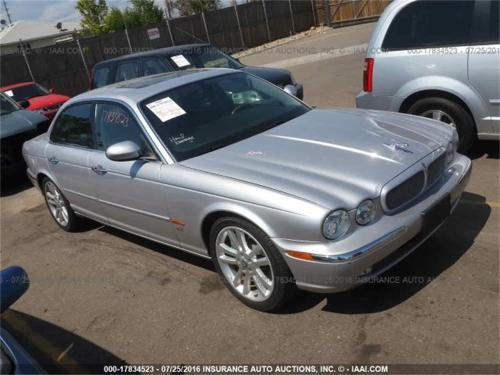 small resolution of large picture of 04 jaguar xjr located in online auction vehicle offered by sca