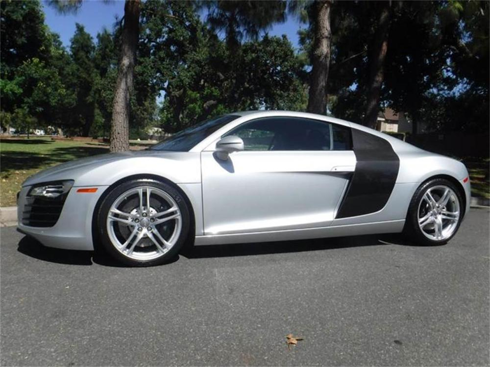 medium resolution of large picture of 09 r8 located in thousand oaks california 67 995 00 ld4j