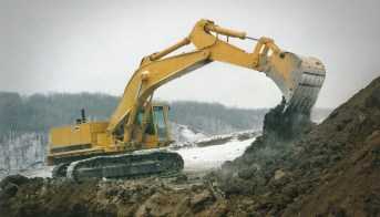 New Model Announcement: 1:48 Cat® 375L Excavator – Die-cast