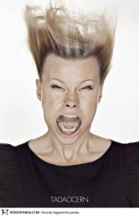funny-portraits-blow-job-tadas-cerniauskas-17