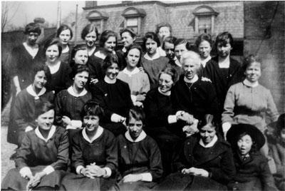 The Church of England students and staff, circa 1918.