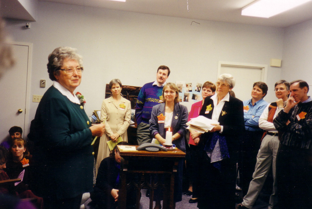 Kay (left) at the Dedication of the KP Room in 1999.