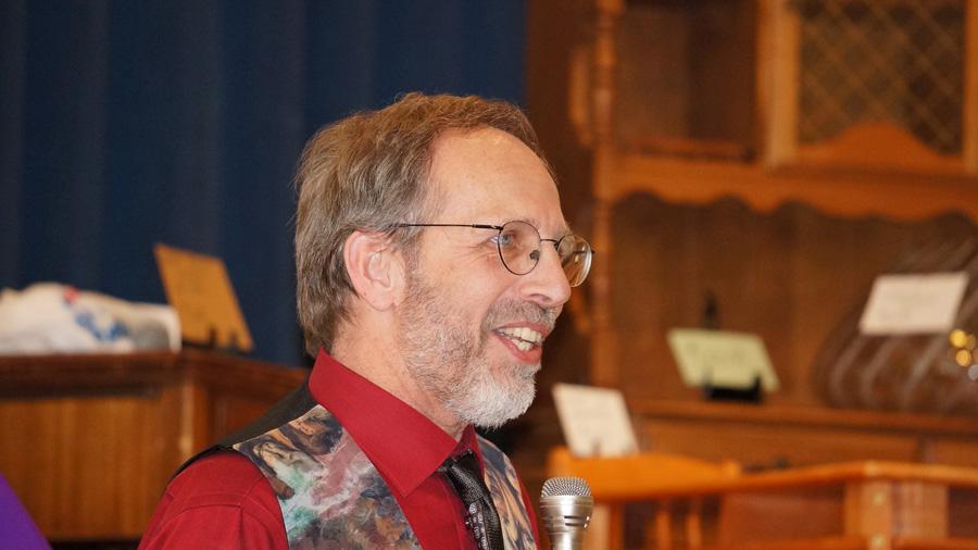 Graduate Hubert Den Draak