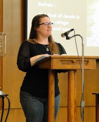 Deborah Laforet leads a psalm