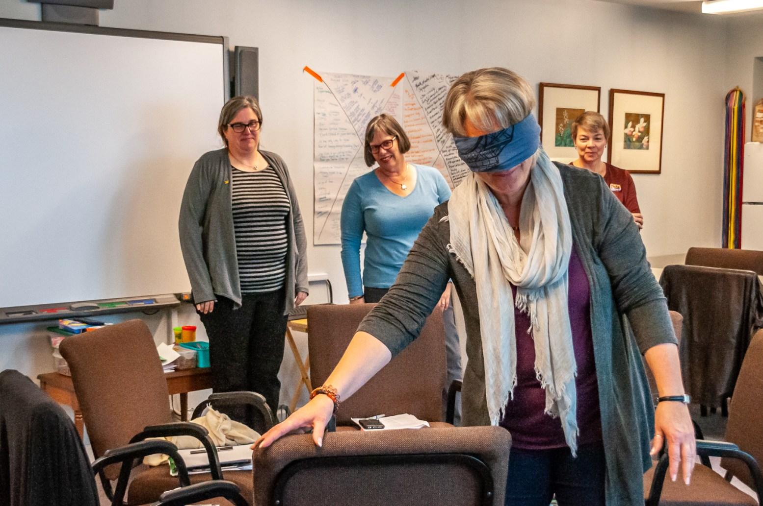 Marion navigates blindfolded.