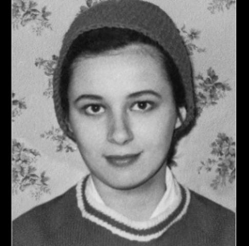 Gloria Lagos