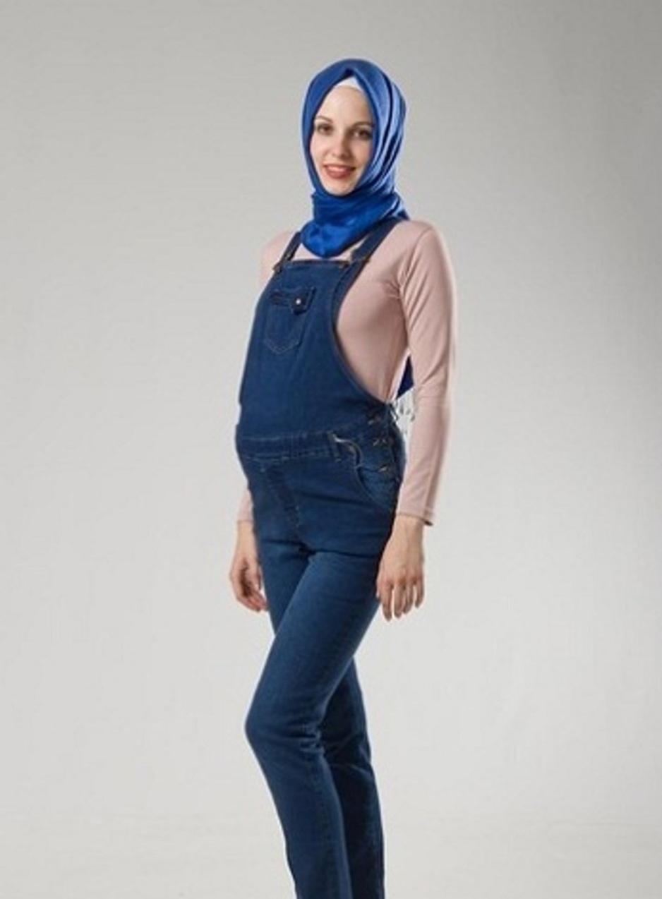 ملابس تناسب الحوامل المحجبات