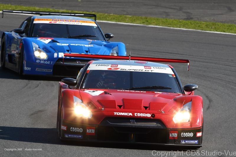 No.3 VS NO.12 GTR