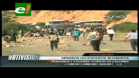 Cooperativistas levantan bloqueos y van al diálogo con Evo