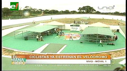 Ciclistas estrenan velódromo en Santa Cruz