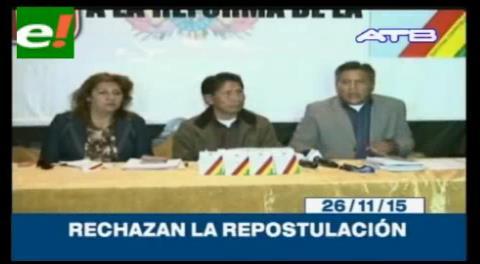 """Titulares de TV: Los """"librepensantes"""" rechazan la repostulación de Evo Morales"""