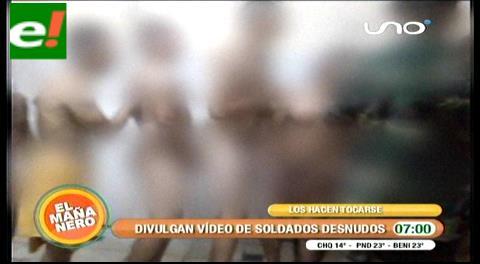 Filtran video de soldados desnudos en el baño