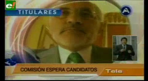 Titulares de TV: Ex presidente Carlos Mesa sugiere a un Defensor del Pueblo que tenga la altura moral de Xavier Albó