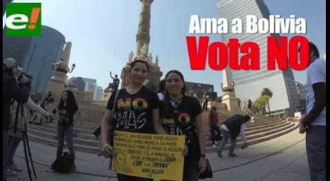Bolivianos residentes en México se manifiestan por el No