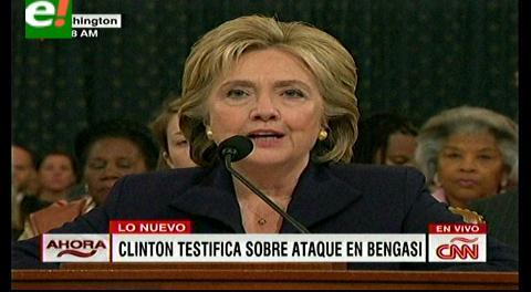 Hillary Clinton al Congreso: La diplomacia implica riesgos inevitables