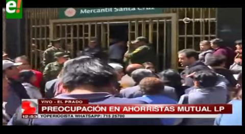 Ahorristas de Mutual La Paz se agolpan a las puertas del BMSC