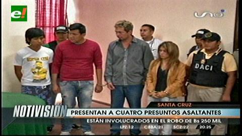 Santa Cruz: Presentan banda de atracadores