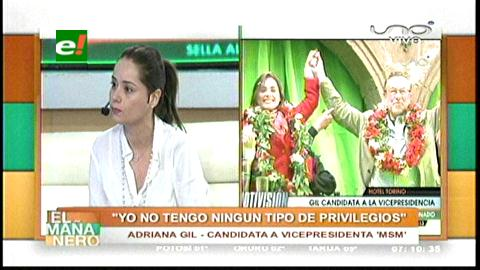 """Adriana Gil: """"Sería muy lindo quitarle la pega a Alvarito"""""""
