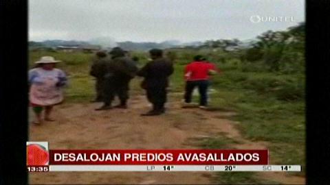 Policía desaloja predios avasallados en Santa Fe de Yapacaní