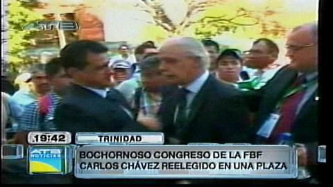 Insólita relección de Carlos Chávez en una plaza de Trinidad