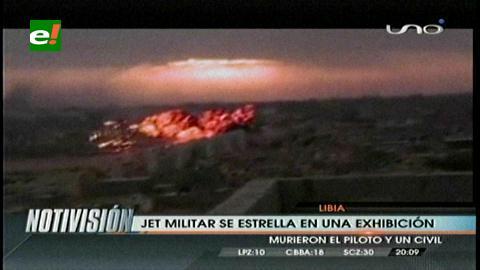 Libia: Jet militar se estrella durante exhibición y mueren tres personas