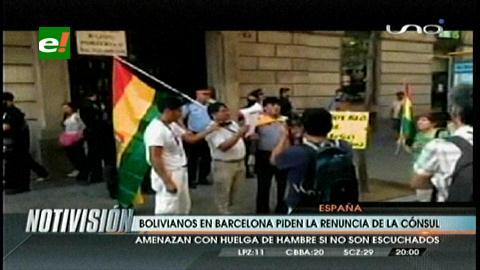 Bolivianos en Barcelona piden la renuncia de la cónsul Alicia Muñoz