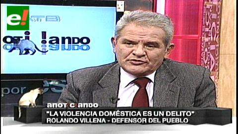 """Villena: """"El policía acusado de violencia debería renunciar para no dañar a la institución"""""""