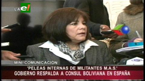 Gobierno respalda gestión de Muñoz en España y minimiza huelga