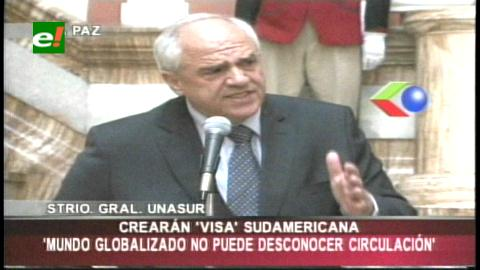 Samper: Unasur perfila una cédula sudamericana