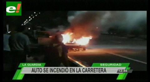 Auto se incendia en plena carretera a La Guardia