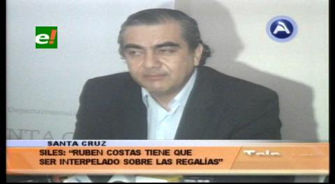 "Ministro Siles: ""Rubén Costas debe ser interpelado por las regalías"""
