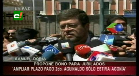 Doria Medina plantea pagar a jubilados con doble aguinaldo de autoridades