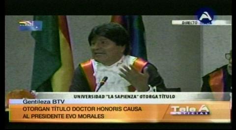 Evo recibe Doctor Honoris Causa en Roma y dedica título a unidad del movimiento indígena